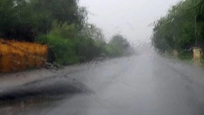 Schwerin: Starkregen und Hagel führen zu Verkehrsunfällen auf A14