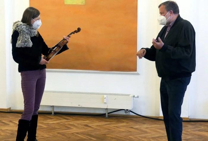 Geige für Jugendsinfonieorchester Schwerin gespendet