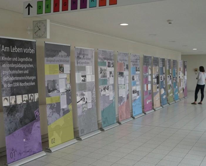 Schwerin: Ausstellung zu Kindern und Jugendlichen mit Behinderungen in der DDR