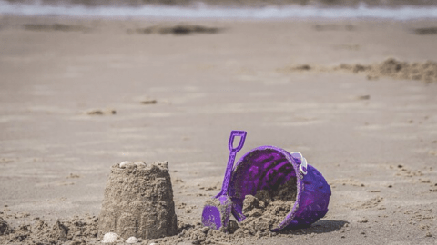 compression of wet beach sand