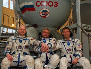 Das Team des Raumflugs am 28. Mai: v.l. Alexander Gerst, der Russe Max Suraev und der Amerikaner Reid Wiseman.