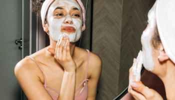 girl doing her facial skin care