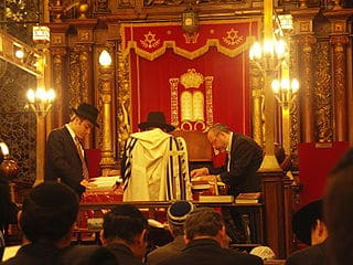 Going to synagogue is good for health and happiness