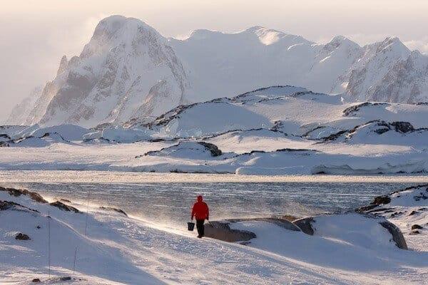 Methane-eating bacteria in lake deep beneath Antarctic ice sheet may reduce greenhouse gas emissions