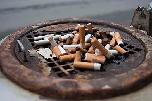 Tobacco-smoking moms and dads increase diabetes risk for children exposed in utero