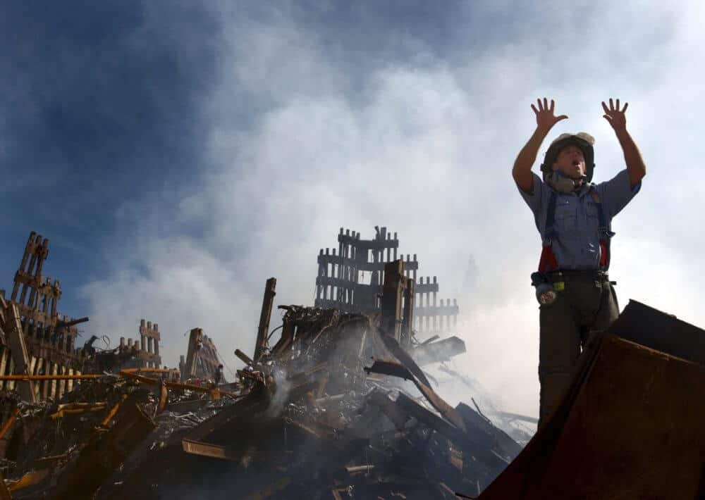 Children exposed to chemicals in 9/11 'dust' show early signs of risk of heart disease