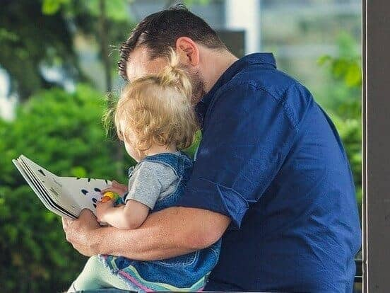 Paying parents to read to their children boosts literacy skills