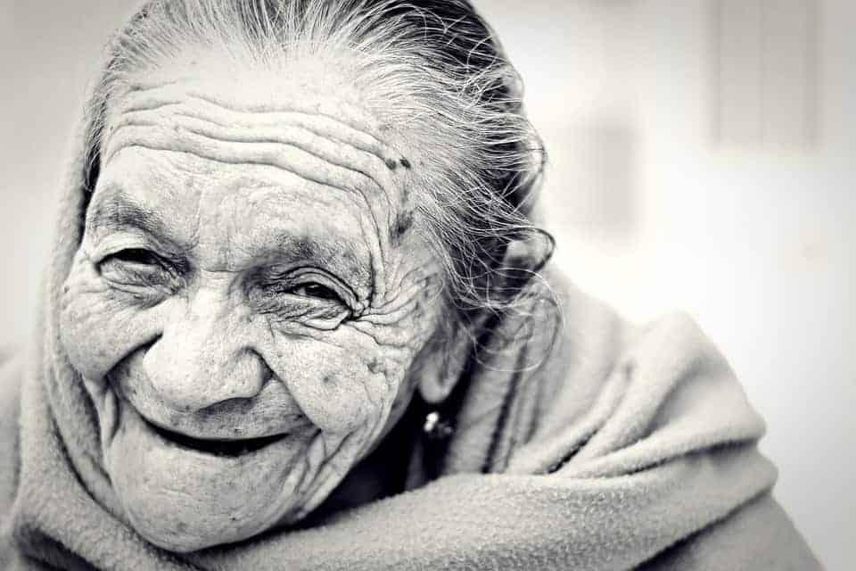 New study identifies molecular aging 'midlife crisis'