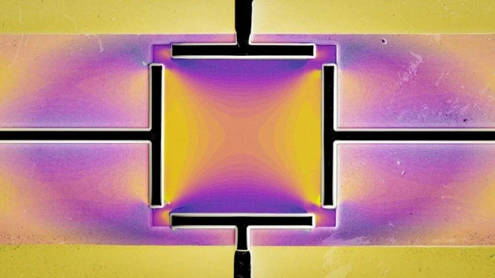 Stressing metallic material controls superconductivity