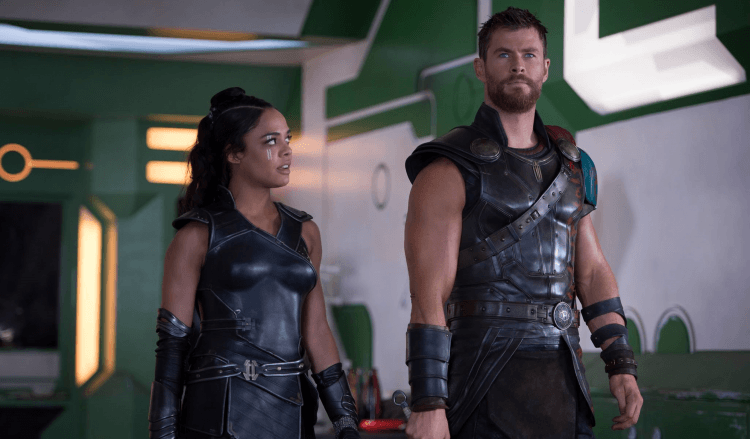 tessa thompson chris hemsworth