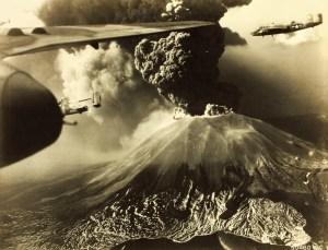 Mt_Vesuvius_Erupting