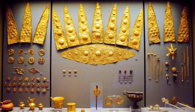 Mycenaean gold jewelry