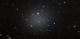 NGC 1052 DF2 ghostly galaxy lacking dark matter