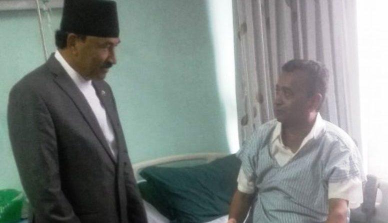 संस्कृति, पर्यटन तथा नागरिक उड्डयन मन्त्री दिलनाथ गिरी अस्पताल भर्ना