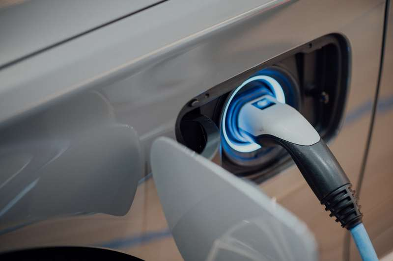 charging the battery of an electric car