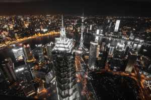 As ambiciosas metas de redução de carbono da China e o controle da infraestrutura de gás GNL de todo o país