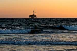 Dinamarca cancela novas licenças de petróleo e gás e define data para encerrar a produção existente