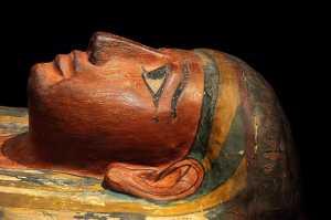 Restos mumificados do antigo faraó egípcio revelam um reinado encerrado em violência