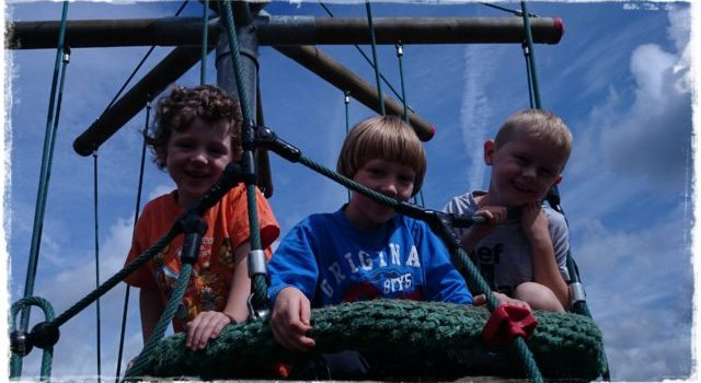 Silent snaps – visiting cousins and a picnic basket