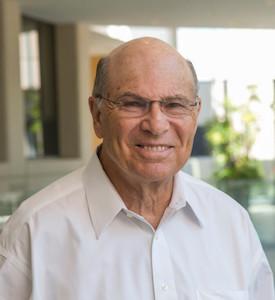 Dr. John Minna