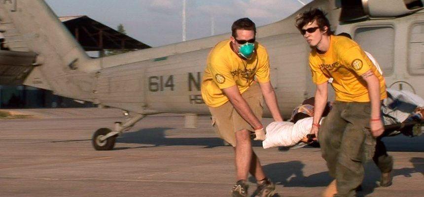 Волонтёры доброй воли помогают пострадавшим