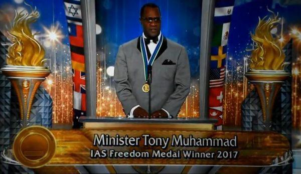 Scientologist Louis Farrakhan & Former President Obama – The Scientology  Money Project