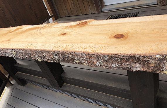 Planches De Pin Larges Et Rustiques Avec Ecorce Pour Meubles Scierie Msg