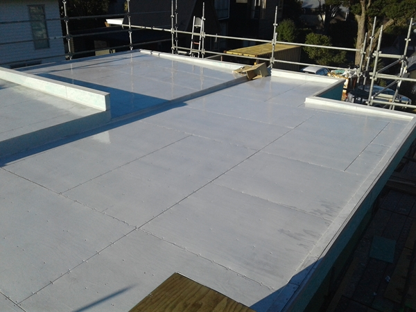 next day, hydroepoxy is still wet, cold overnight, 9:30am