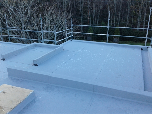 parapet turndowns are done and other corners on that part of the roof have detail tape applied
