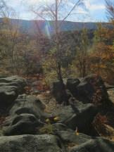 Na wierzchołkach skał słońce miło przygrzewa w głowę a to przecież już początek listopada...