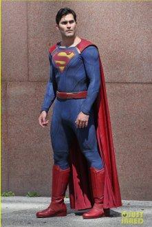 supergirl_superman_1