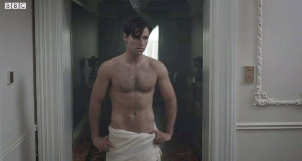 Aidan Turner towel