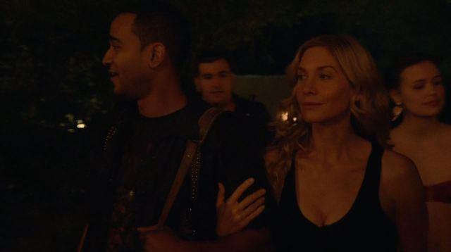 Revolution - Mis Dos Padre - Rachel Matheson (Elizabeth Mitchell) arriving at the Cartel party