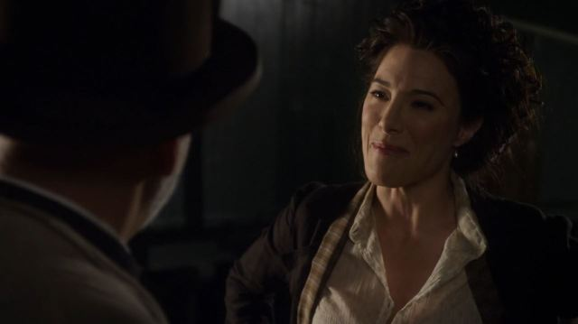 Warehouse 13 series finale Endless - Jaime Murray as H.G Wells