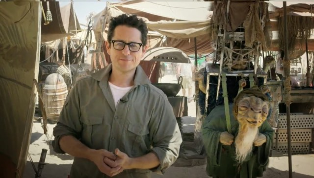 J.J Abrams in the set of Star Wars Episode 7 Harrison Ford Star Wars Episode 7 injury