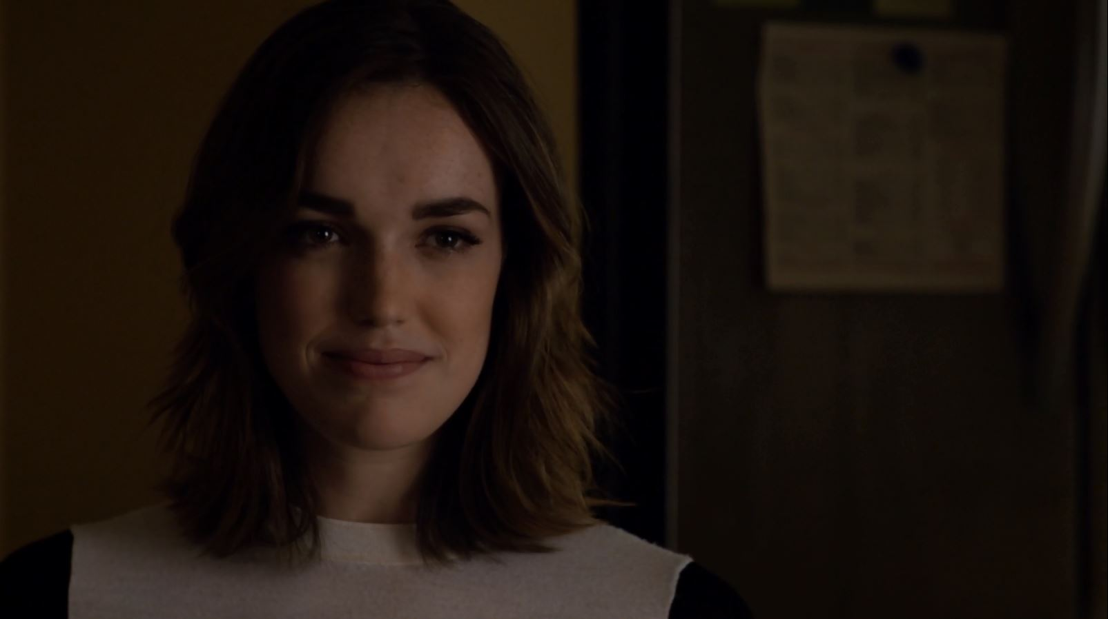 Agents of SHIELD S2Ep3 Making Friends and Influencing ...