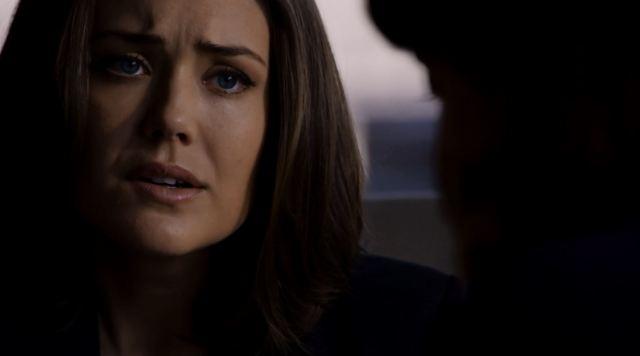 Megan Boone as agent Keen - The Blacklist S2Ep3 Dr. James Covington (No. 89) Review