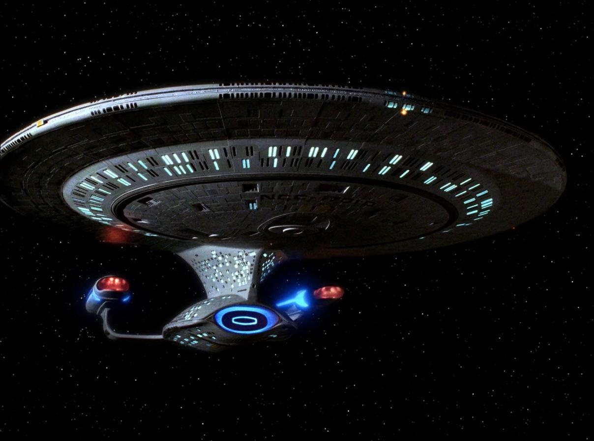 Star Trek TNG Season 7 Blu-ray Review. Enterprise D in TNG season 7