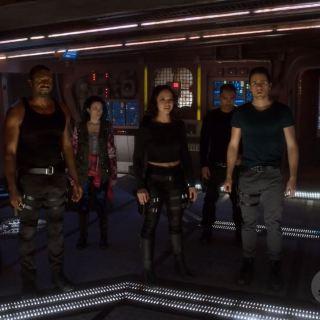 Dark Matter Series Premiere Review. Zoie Palmer, Roger Cross, Jodelle Ferland, Melissa O'Neill, Alex Mallari, Marc Bendavid and Anthony Lemke