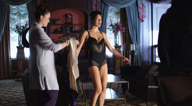 Mayko Nguyen sexy lingerie - Killjoys Finale Review