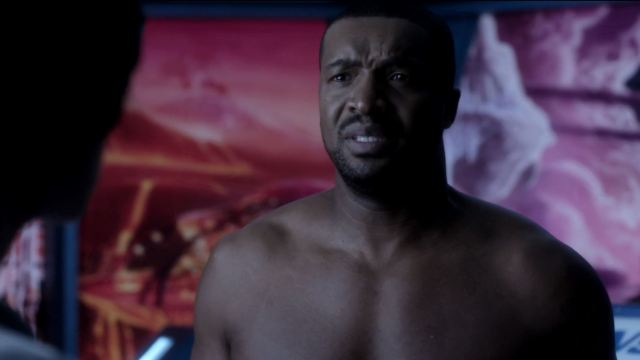 Six (Roger Cross) not happy about using the transfer transit. Dark Matter Episode 8 Review
