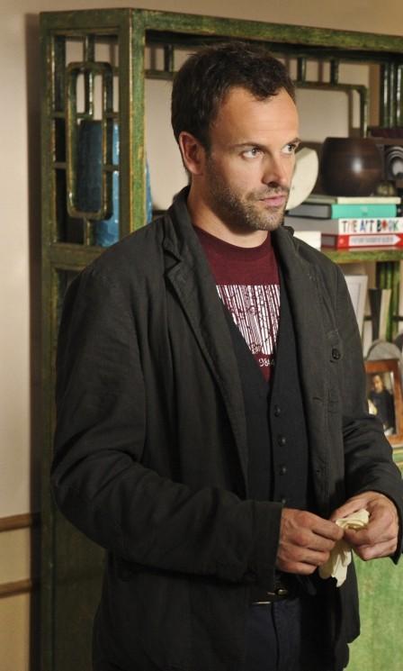 Jonny Lee Miller season 1