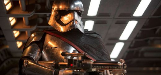 Captain Phasma (Christie) in chrome armour