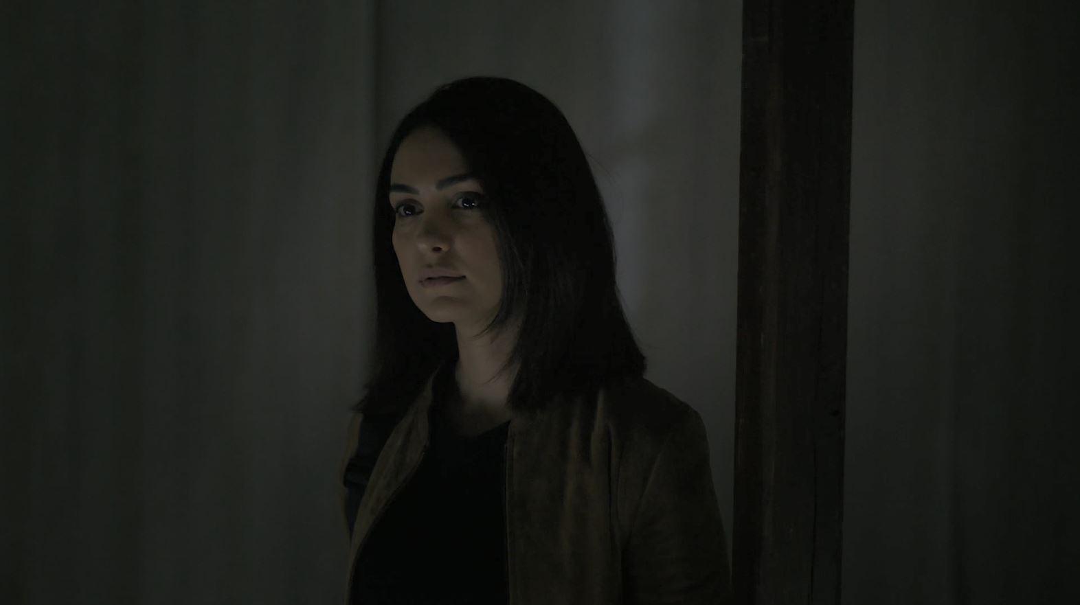 Nazanin Boniadi as Clare - Counterpart S02E08 In From The Cold Review