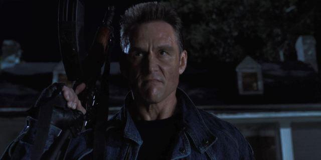 Stranger Things Season 3 Review - Russian Schwarzenegger