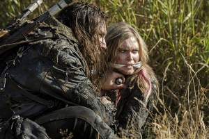 "The 100 -- ""Wanheda: Part Two"" -- Image HU302C_0052 -- Pictured (L-R): Zachary McGowan as Roan and Eliza Taylor as Clarke -- Credit: Cate Cameron/The CW -- © 2015 The CW Network, LLC. All Rights Reserved"