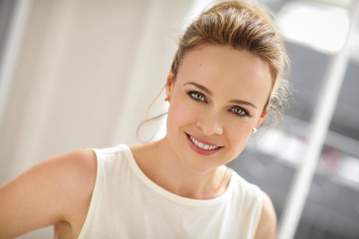 Not so 'child-like' anymore, Tami Stronach is still delighting audiences. [Interview]