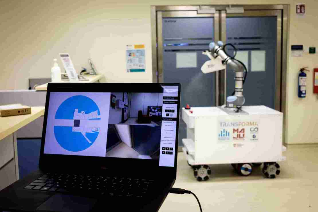 Pandemic fueling global demand for 'cobots' in health sector.
