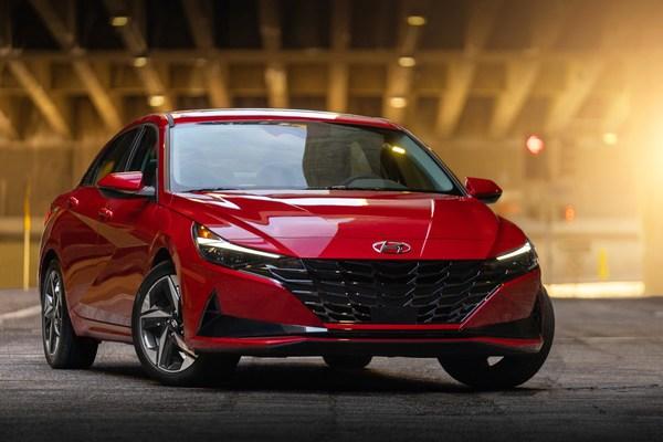 Hyundai Elantra Wins Prestigious 2021 North American Car of the Year™