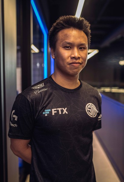 Andy Dinh, Founder and CEO